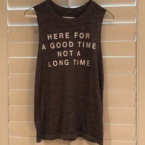 Women's sleeveless t shirt